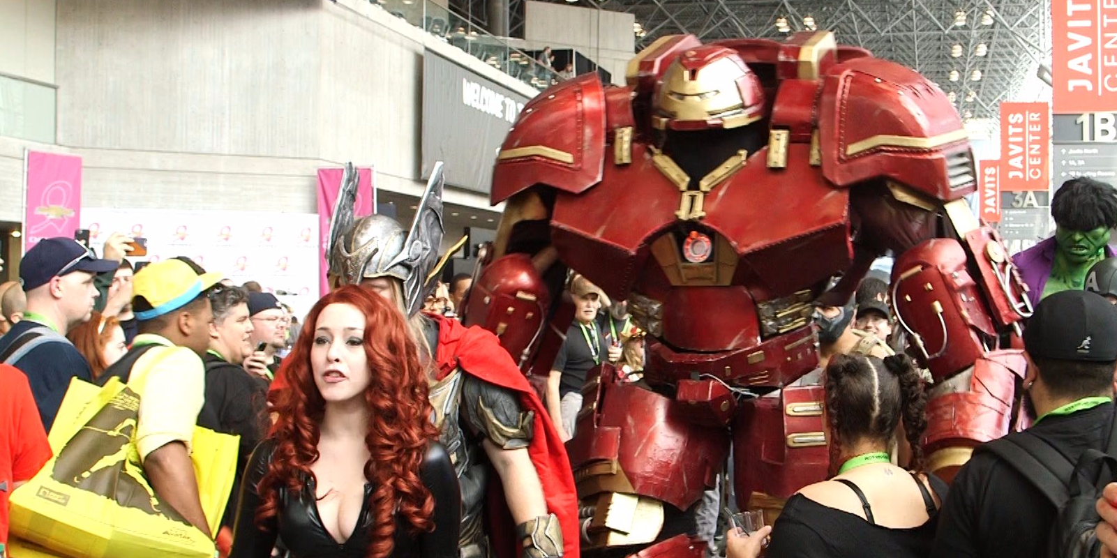 Obrovský Hulkbuster kostým vyhral New York Comic Con
